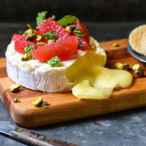 Grapefruit-Pistachio Baked Pie