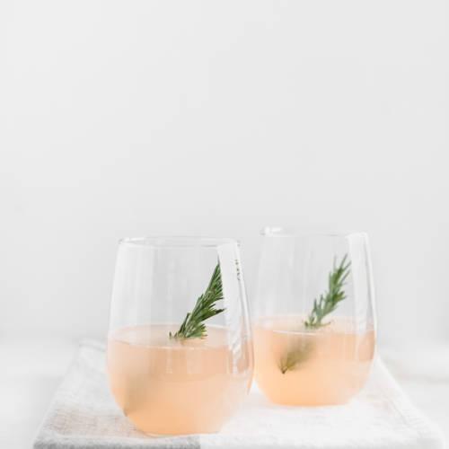WinterSweetz-Grapefruit-prosecco-cocktail-2